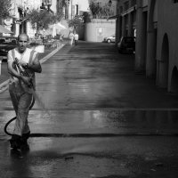 IMG_6992-frenchman-hosing-the-street